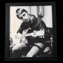 Load image into Gallery viewer, Paul Weller Framed Photograph