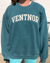 Load image into Gallery viewer, Vintage Town Crewneck