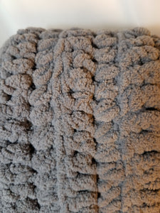 Soft & Chunky Throw - Dark Gray