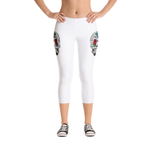 Load image into Gallery viewer, Queen of Rose Capri Leggings