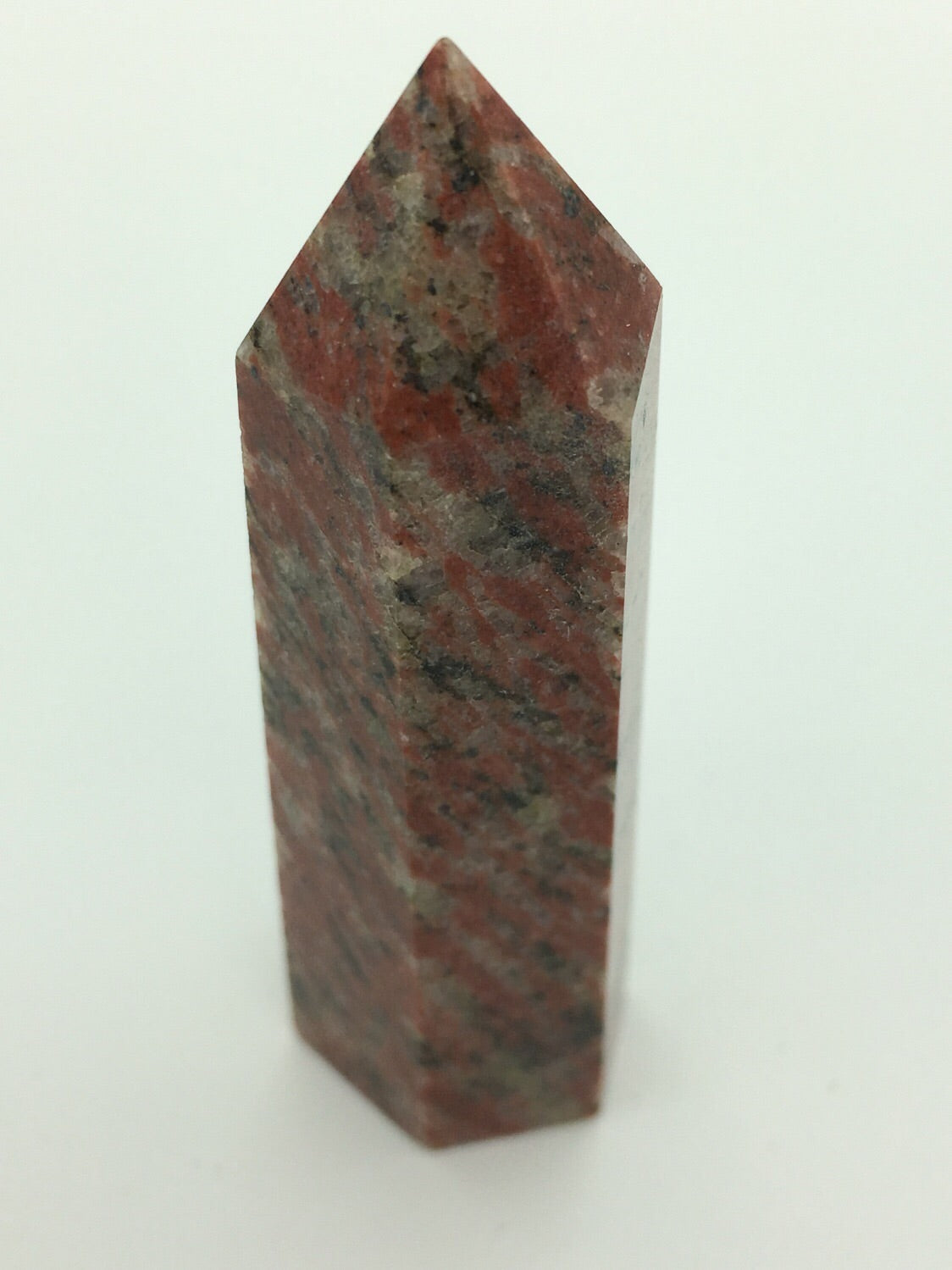 Red jade tower - 101 Crystals
