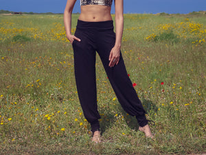 Black Yoga Pants, Boho Pants, Harem Pants, Loose Fit, Wide Trousers, Comfy Pants, Pants with Pockets, Women's Leggings, Balloon Pants.