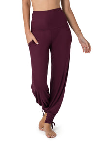 Yoga Pants for Women, Boho Pants, Harem Pants, Loose Fit, Wide Trousers, Comfy Pants, Travel Pants, Pants with Pockets, Purple Pants.