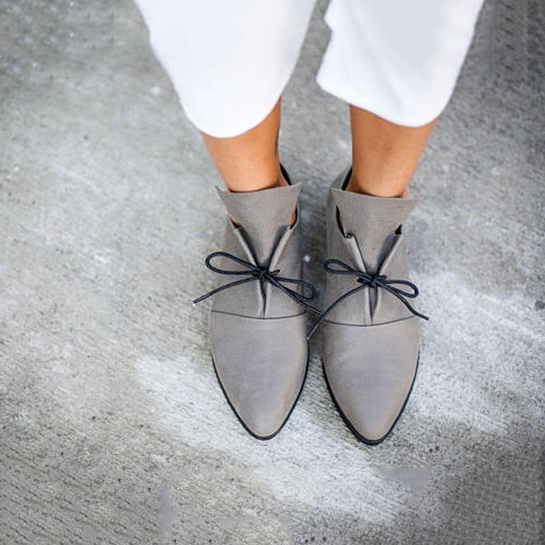 Lace-Up Casual Flat Heel Shoes - kattystory