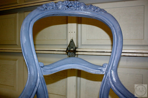 Renaissance Furniture Paint - Chalk Finish Paint - Queen's Wreath