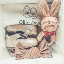 Load image into Gallery viewer, The Princess baby gift box - Ollie Jays