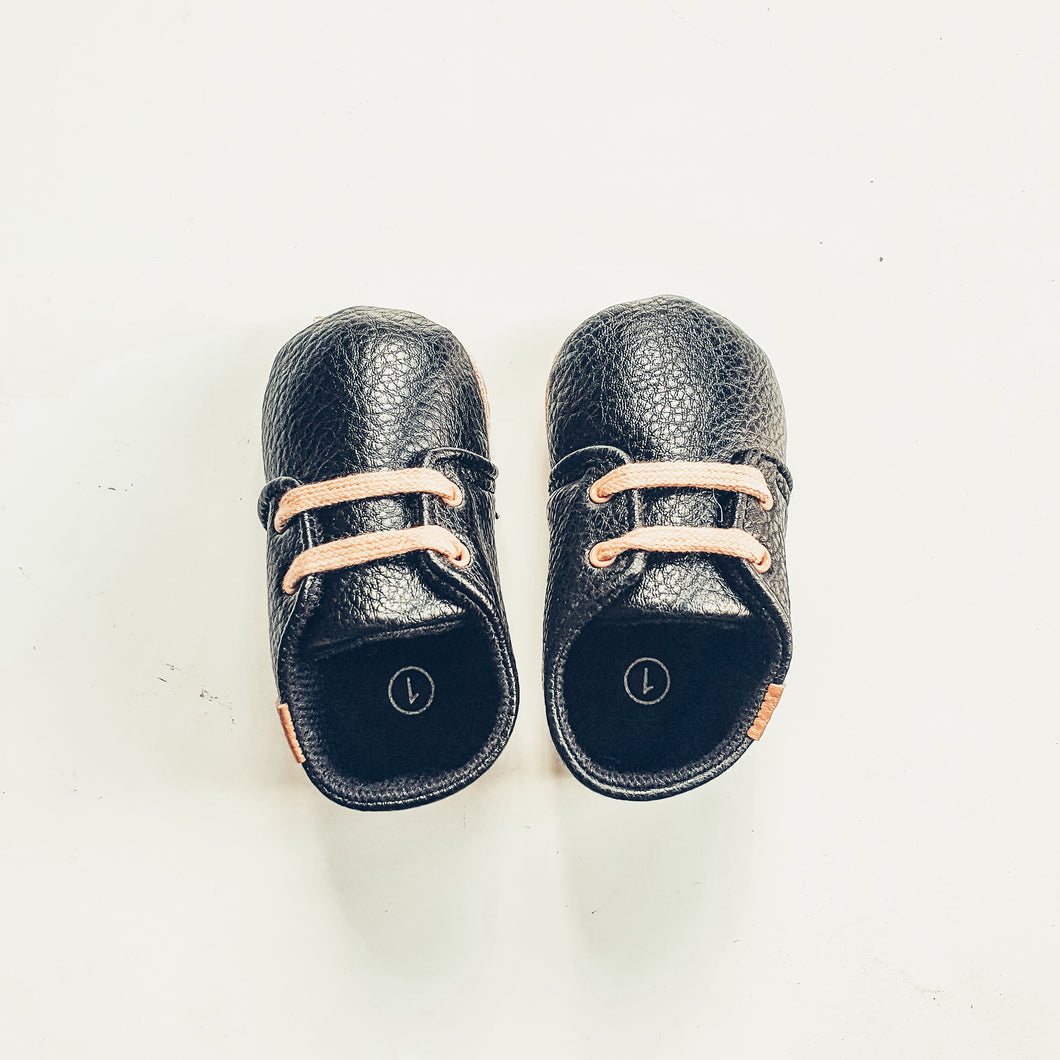 Raven Baby Booties - Ollie Jays