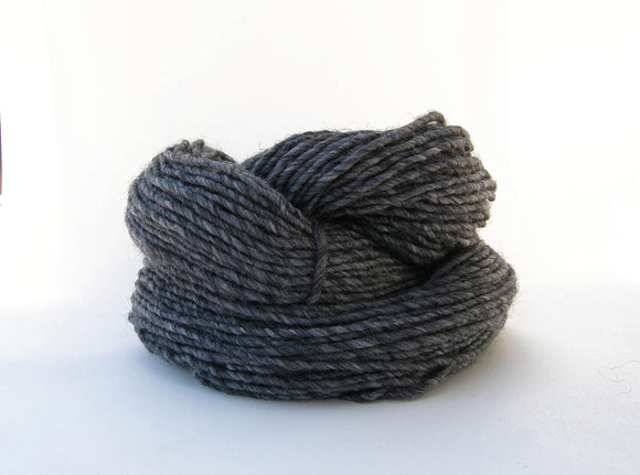 Navajo Medium Gray Weaving Yarn