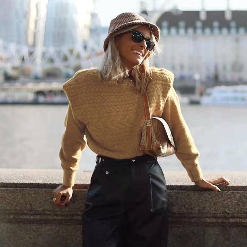 Embossed and Pretty Ribbed Knitted Pullover Sweater - Couture Look