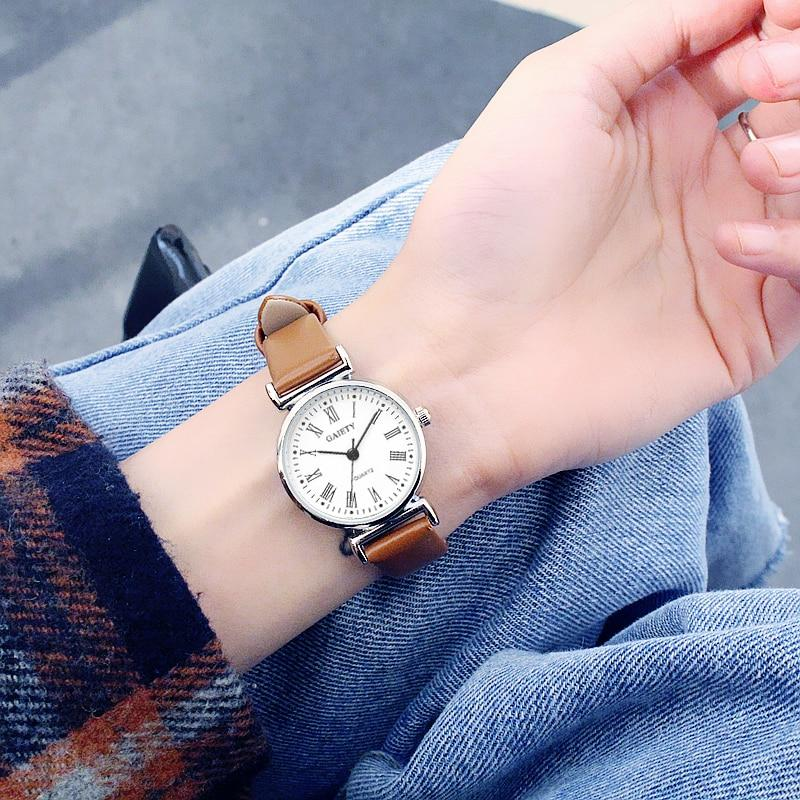 Retro Style Leather Strap Day Watch - Couture Look