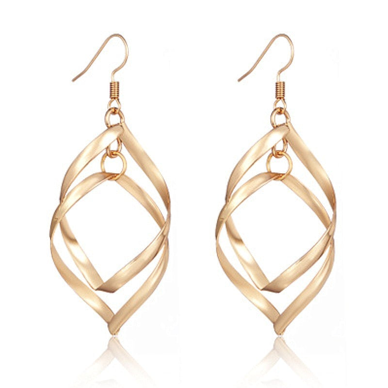 Funky Inspired Twisted Rhombus Drop Earrings - Couture Look
