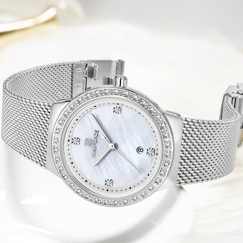 Round Crystal Stainless Steel Mesh Watch - Couture Look