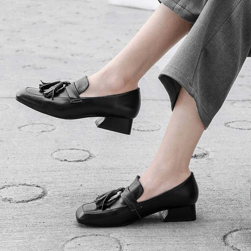 Square Toed Low Heels With Tassel - Couture Look
