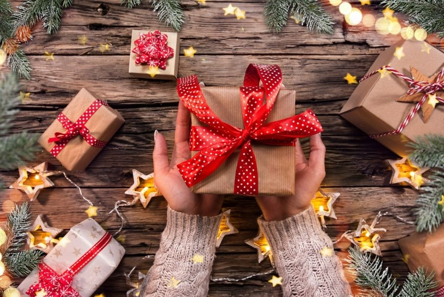 The Ultimate Christmas Gift-Buying Guide