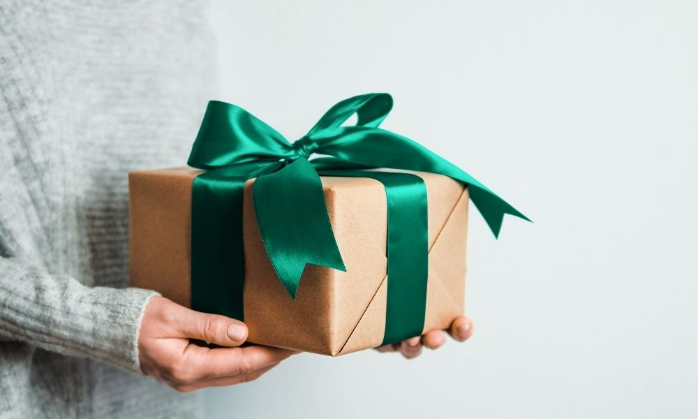 Reasons To Give Personalized Gifts