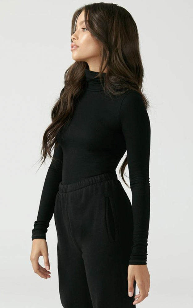 Joah Brown Black Ribbed Knit West End Long Sleeve Turtleneck