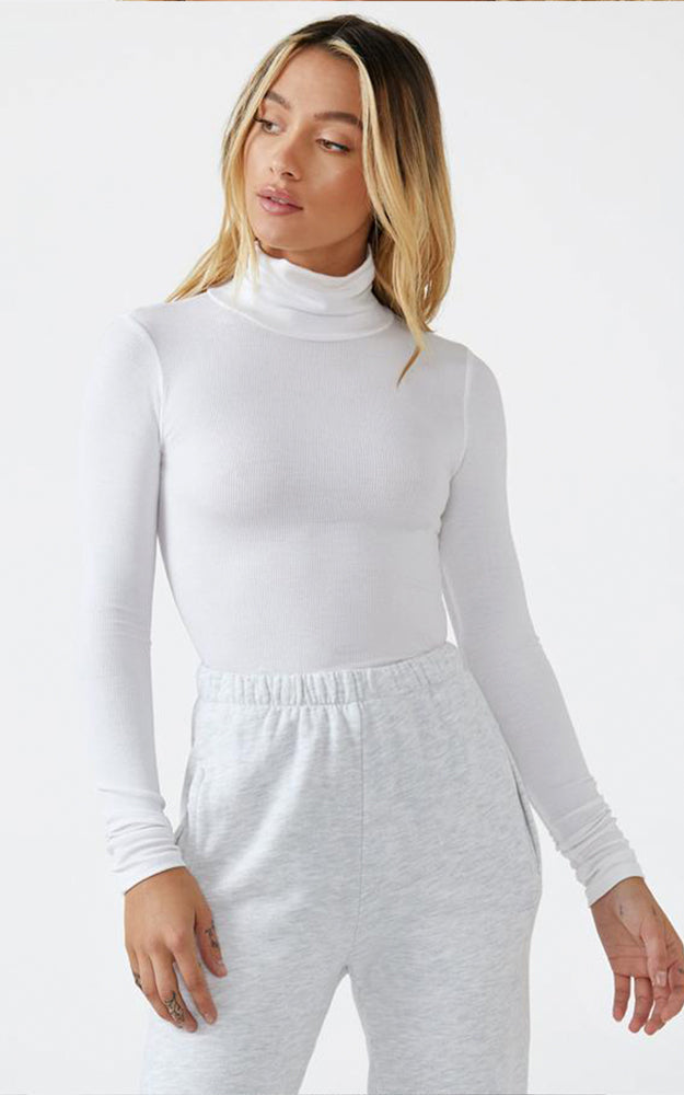 Joah Brown White Ribbed Knit West End Long Sleeve Turtleneck