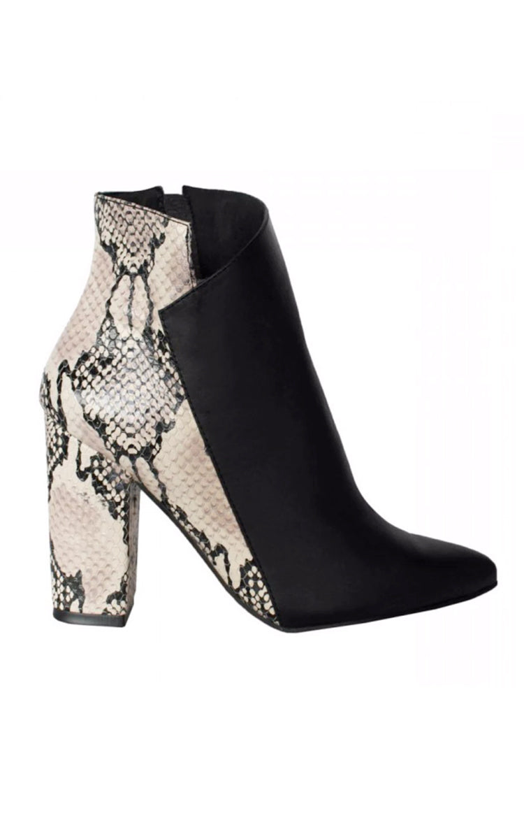 Stivali Passion Black/Python Print Block Heel Leather Bootie