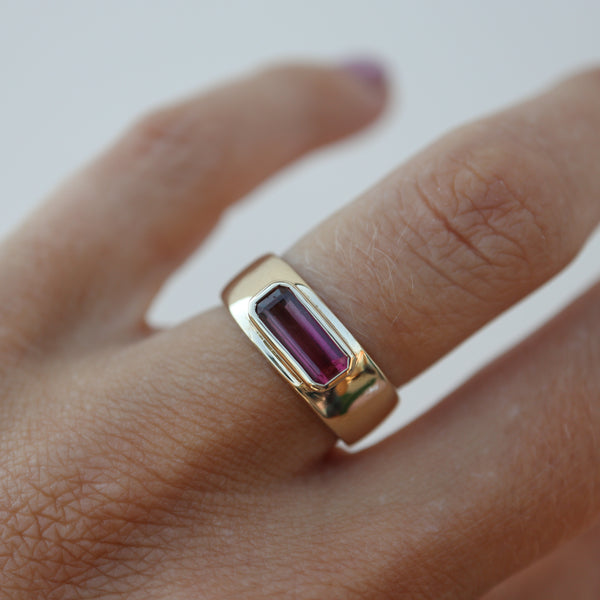 Foliate Tourmaline Ring