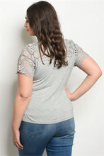 Load image into Gallery viewer, Short Sleeve Lace Plus Size Top