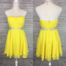 Load image into Gallery viewer, Strapless Yellow Side Embroidered Dress