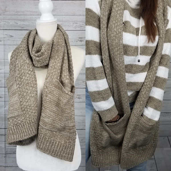 Two Pocket Knit Scarf