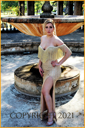 Le Reve Dress Medium / Gold Trending