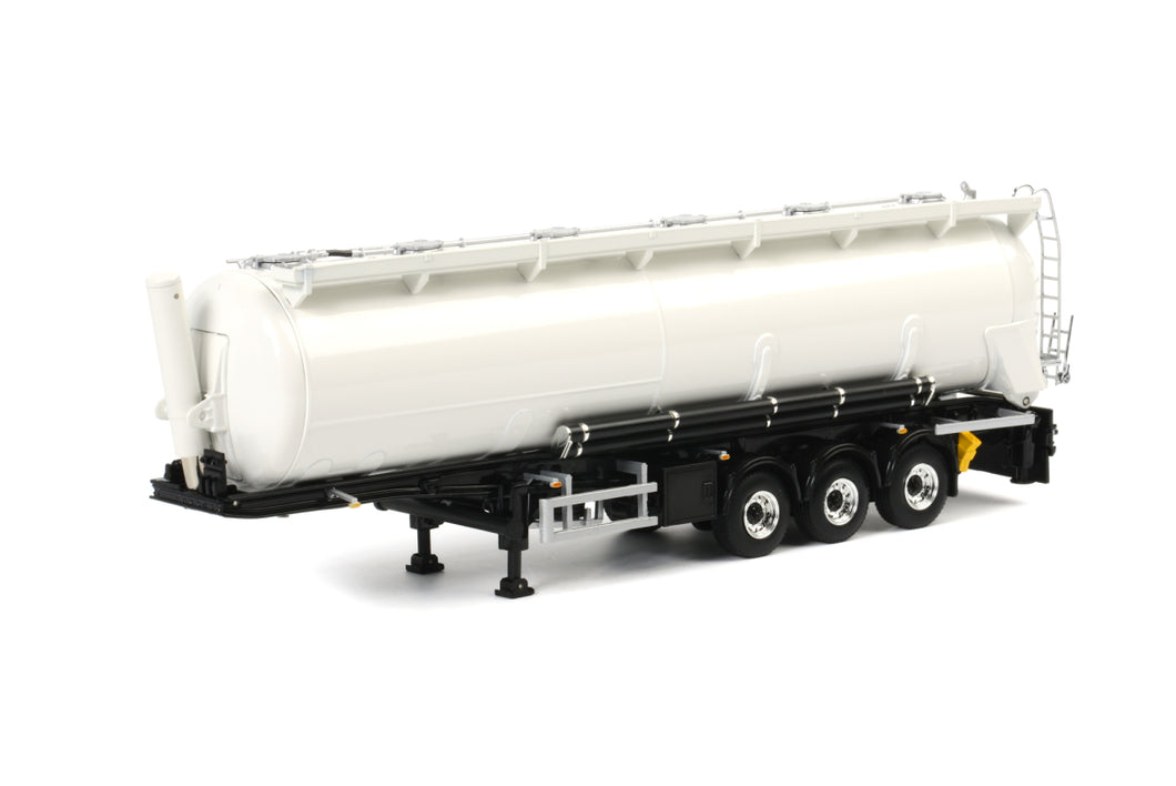 03-1011 | TANKER POWDER TIPPER 3 AXLE