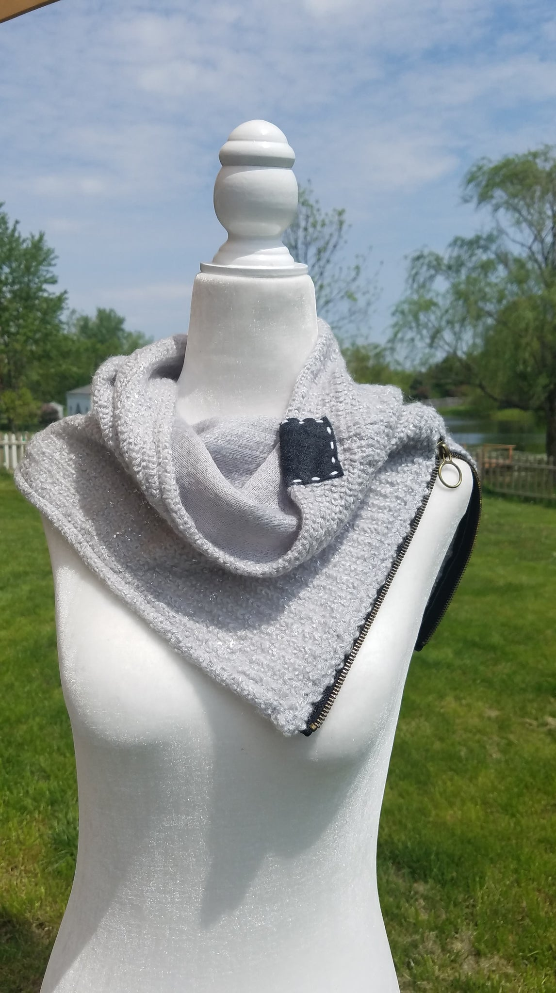 Womens Diffuser Scarf- zipper knit