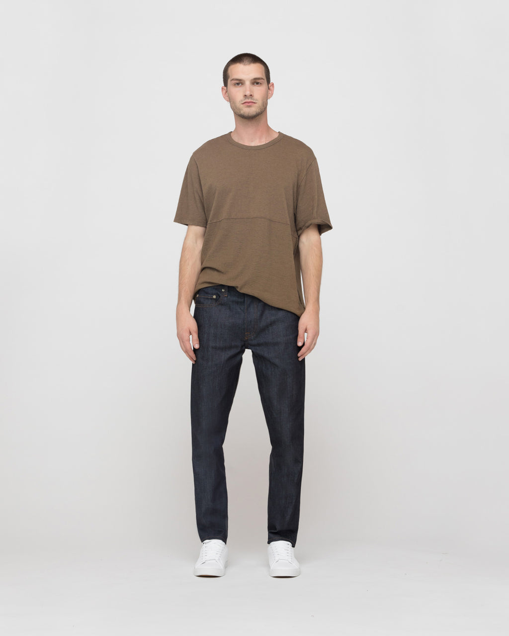 The Oria Tee in Olive Brown