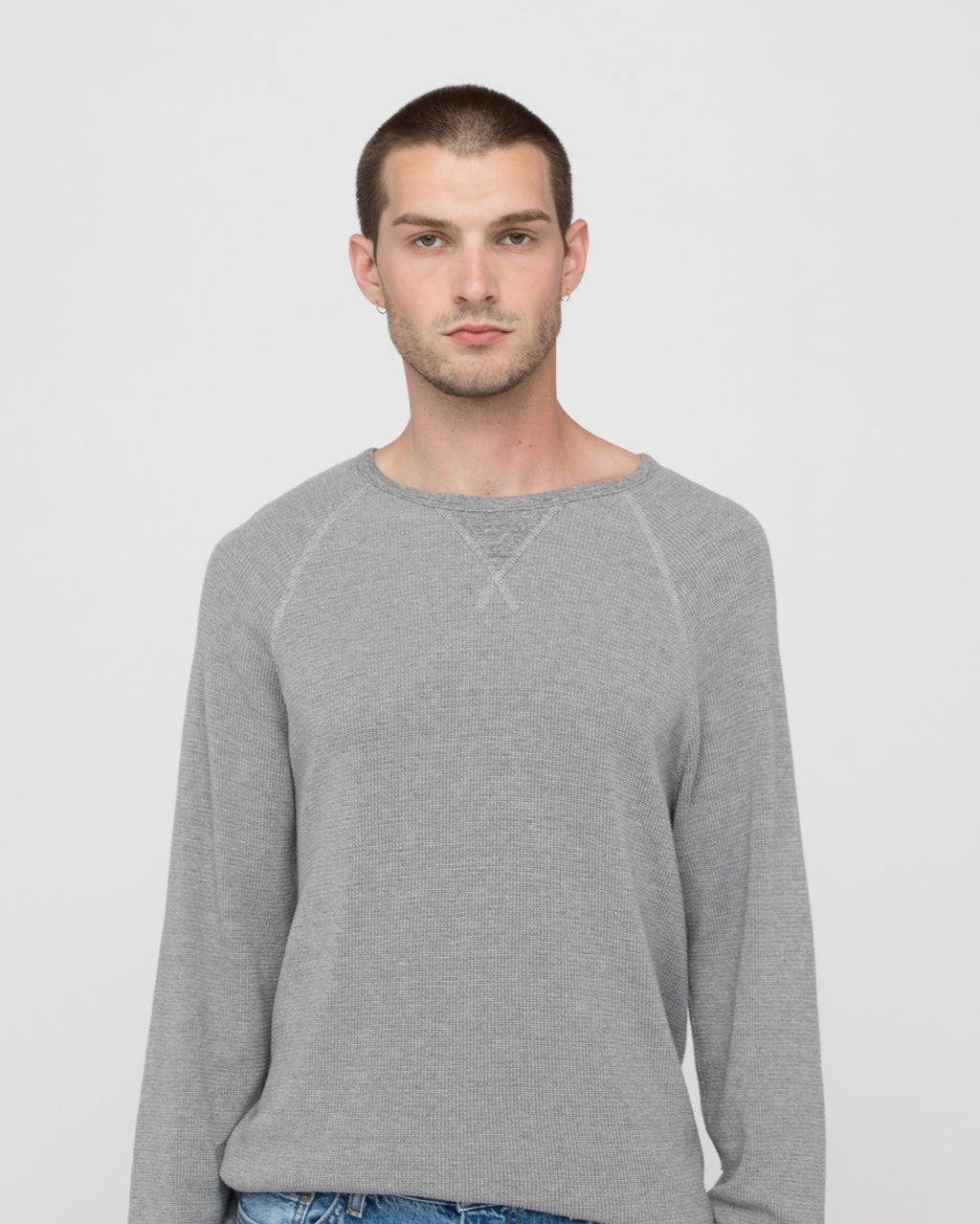 The Luis Shirt in Heather Grey