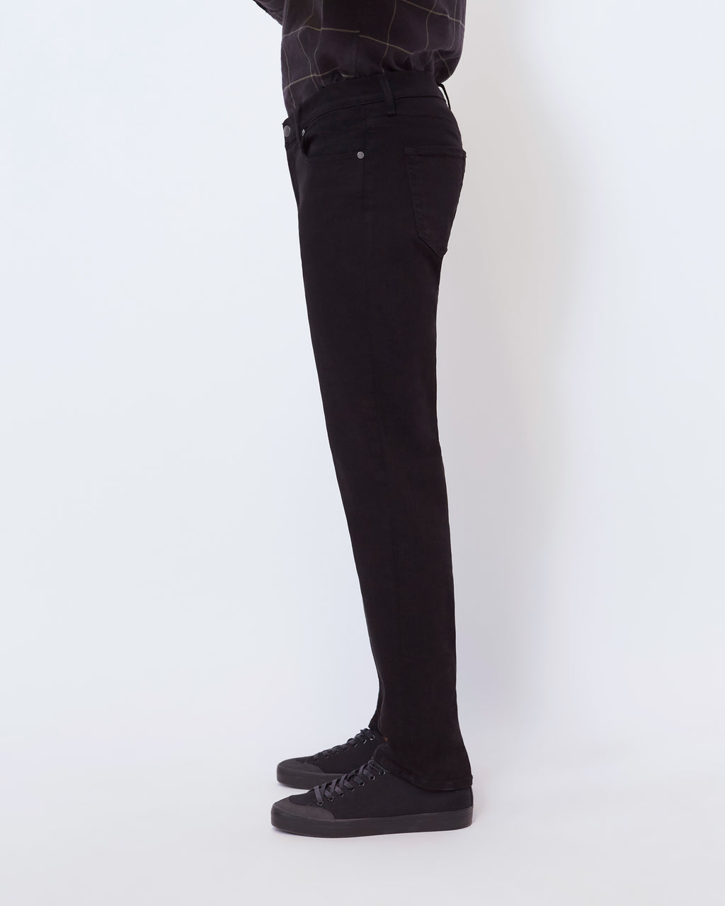 The Modern Slim Jean in Black