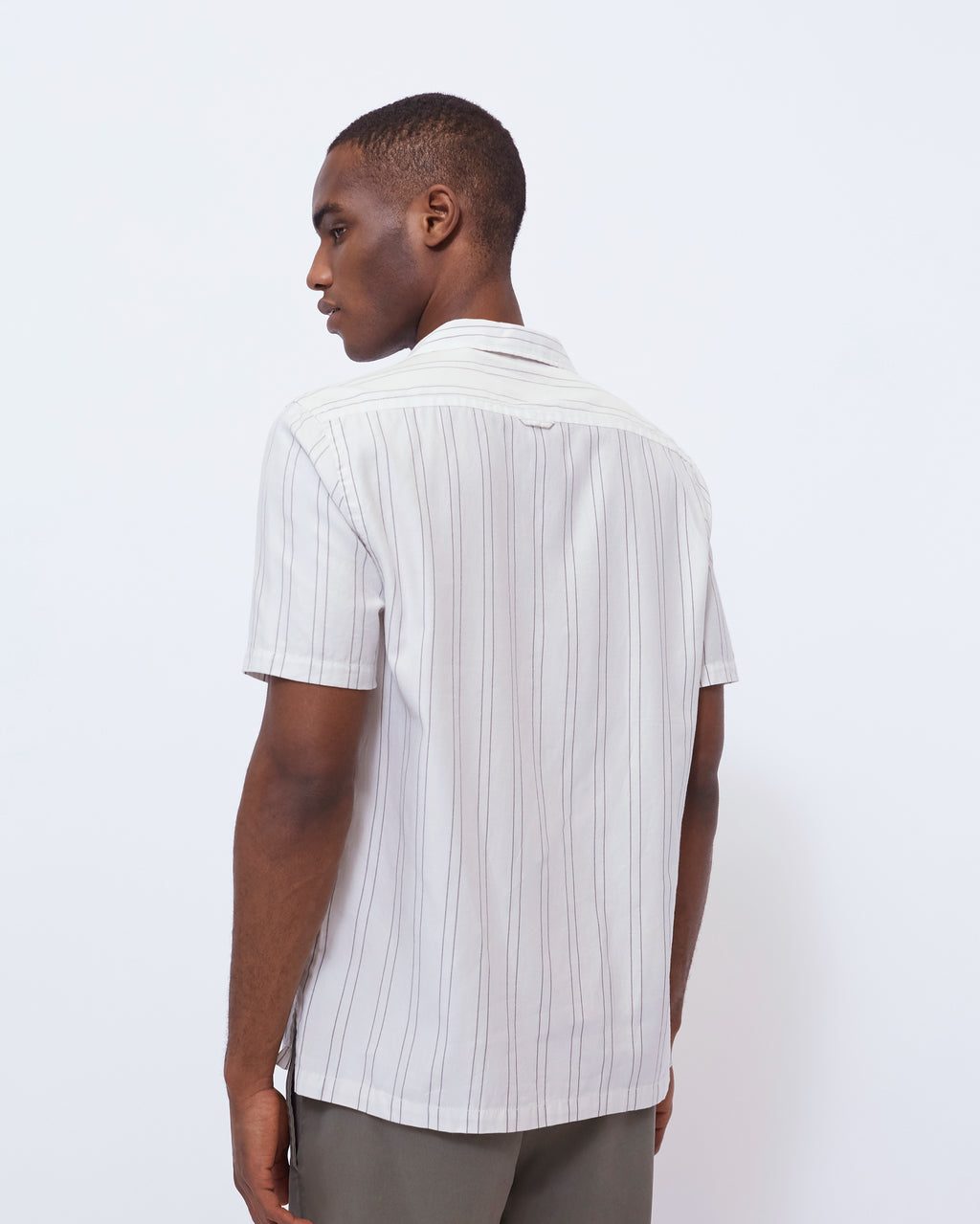The Cabus Shirt in White/Navy Stripe