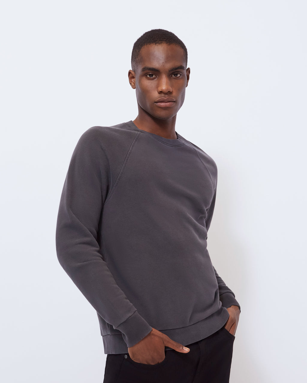 The Alda Sweatshirt in Vintage Black