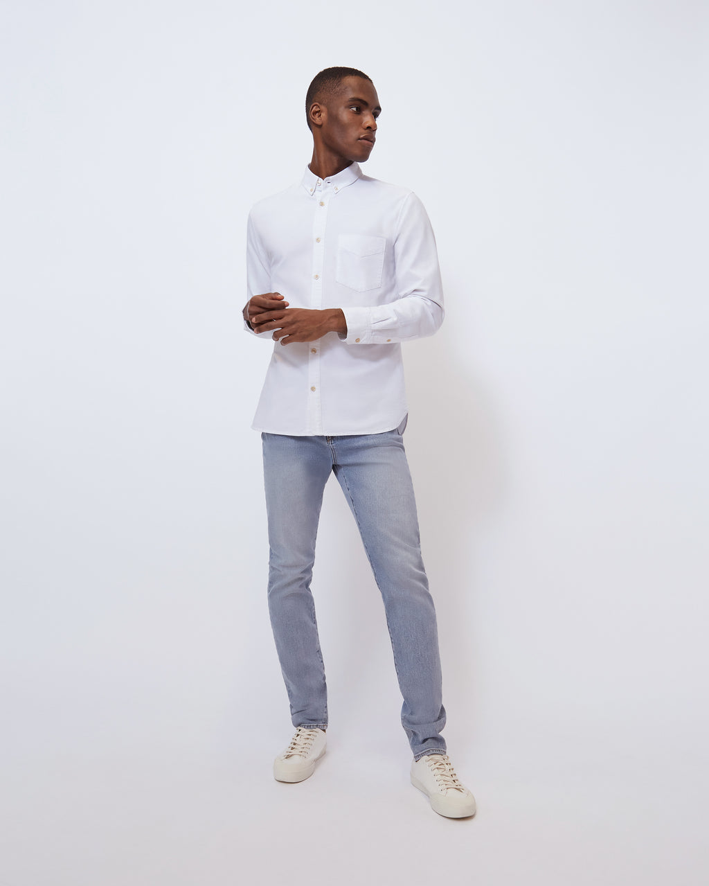 The William Oxford in Optic White