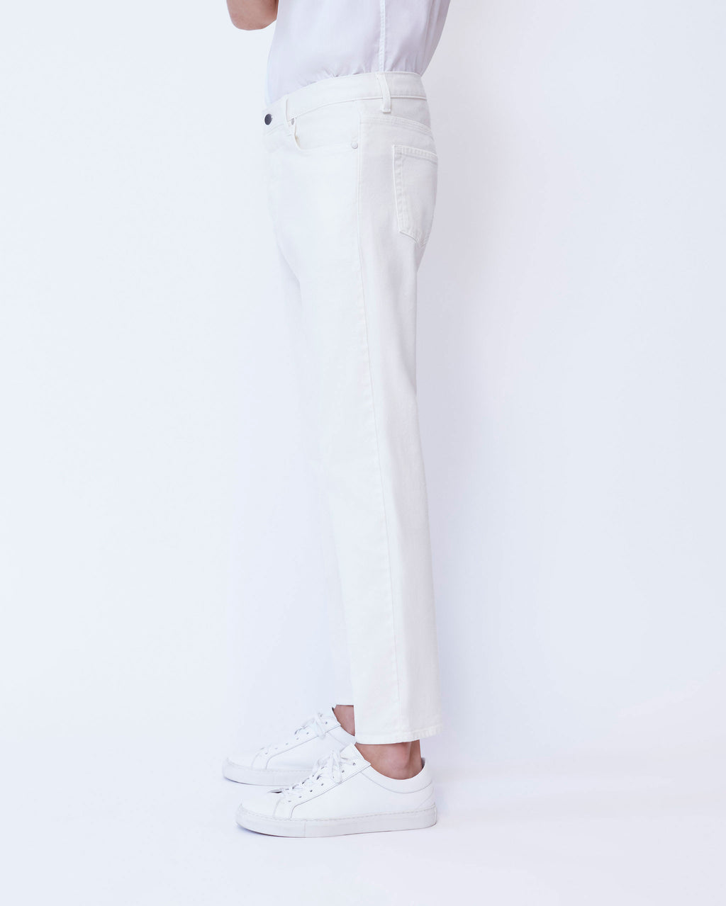 The Modern Taper Jean in White Stretch Selvedge