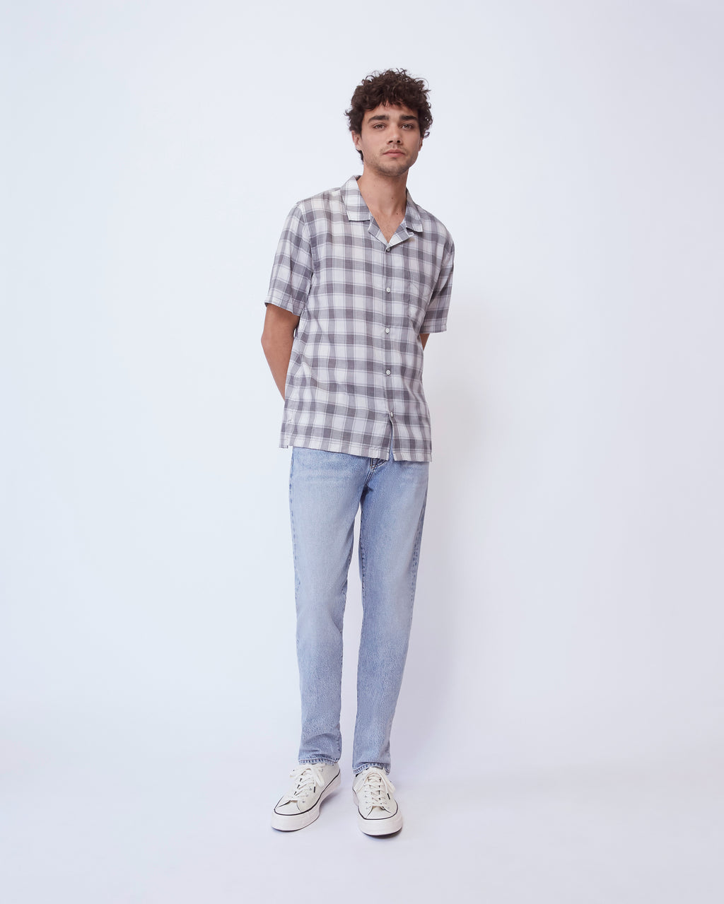 The Cabus Shirt in Light Grey
