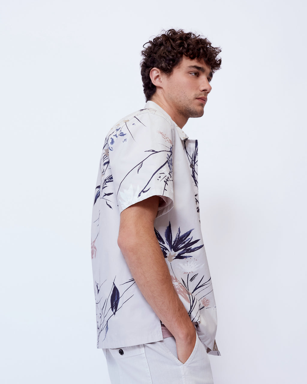 The Terra Shirt in Light Grey