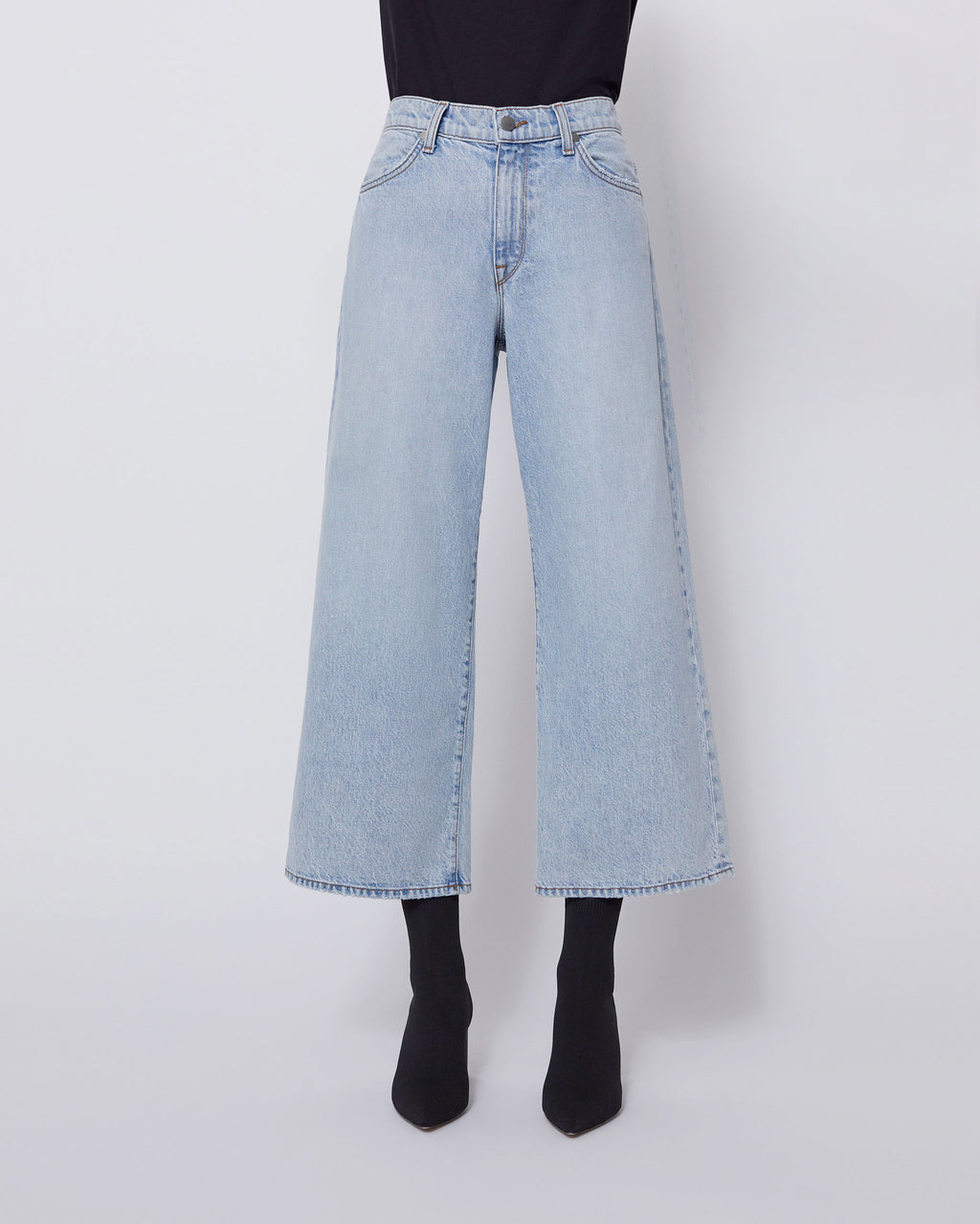 The Cropped Wide Leg Jean in Partly Cloudy