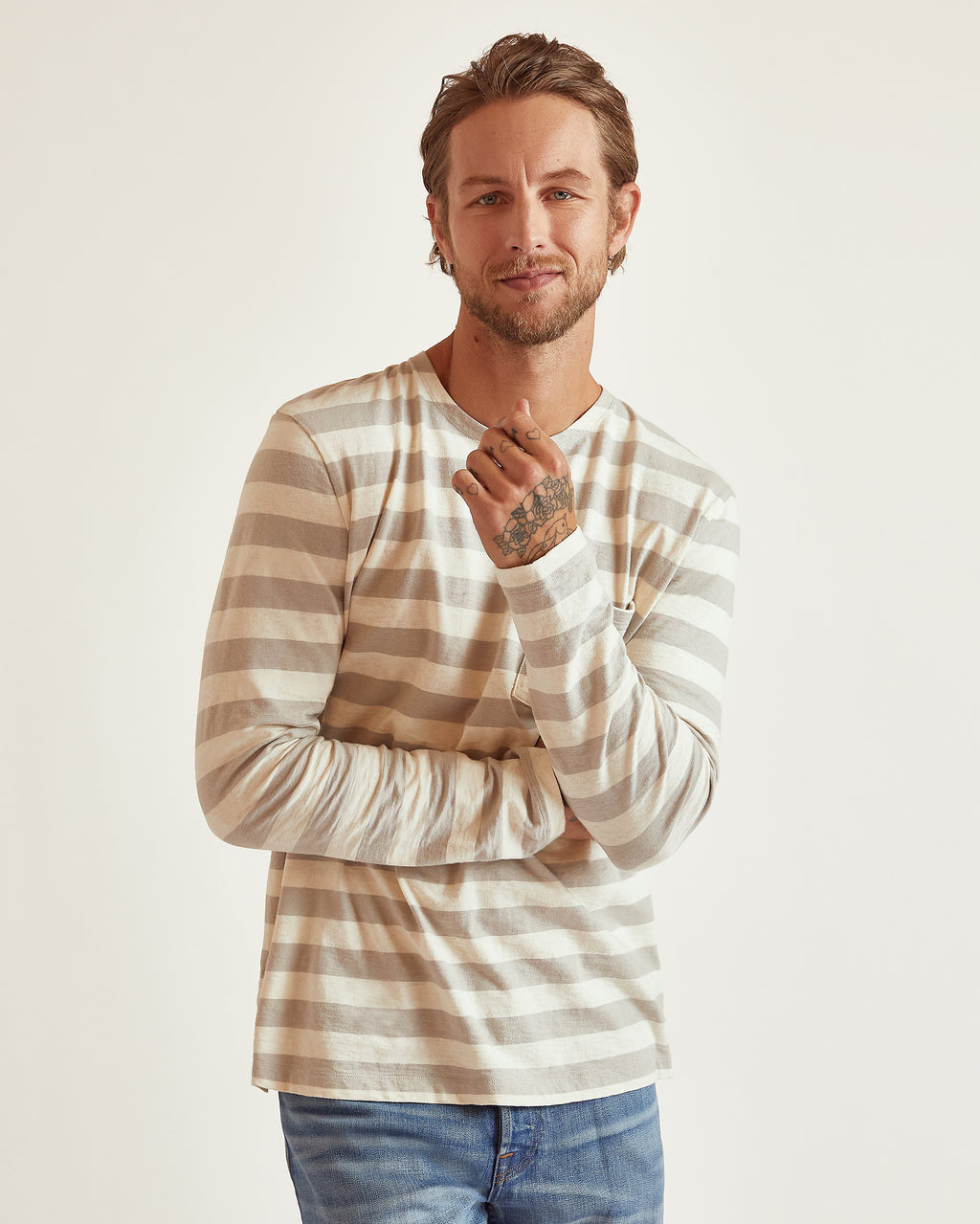 The Ayden Long Sleeve Tee in Light Grey Stripe