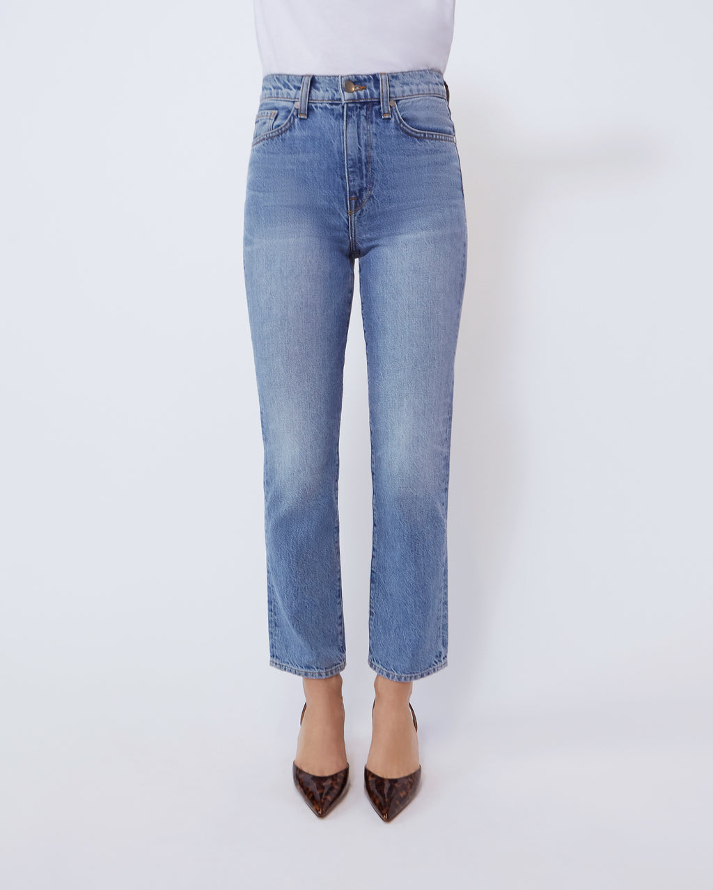 The Vintage Straight Jean in Skylight