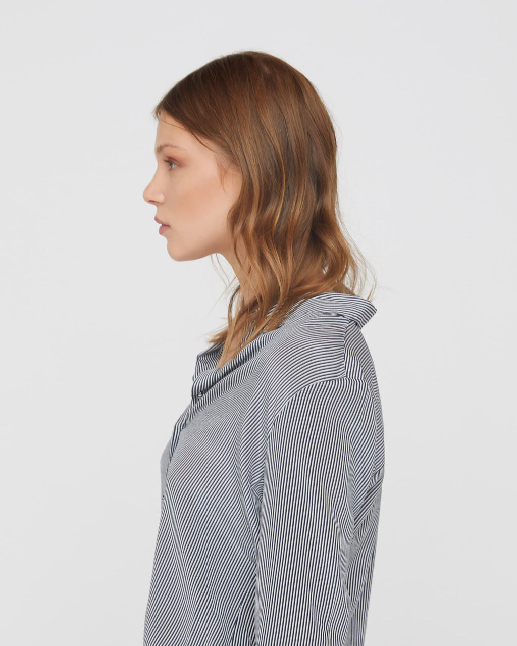 The Nora Shirt in Midnight