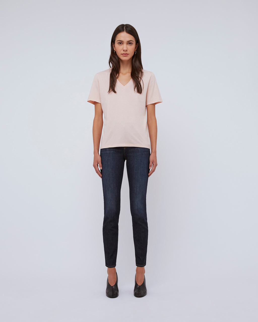 The Short Sleeve V-Neck-Tee-in-Peachskin