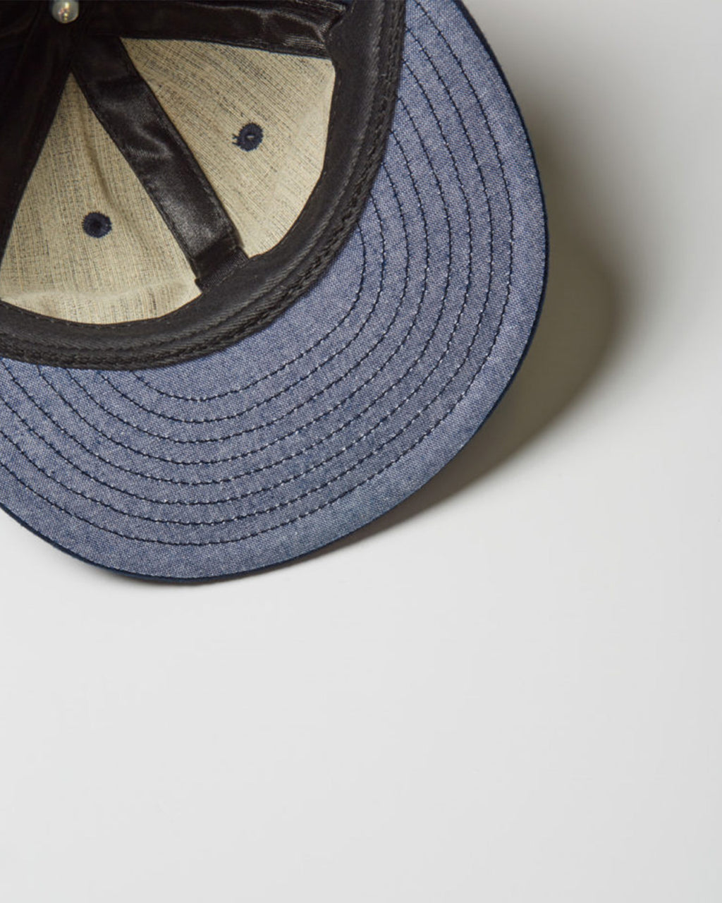 The KC Hat in Navy/White