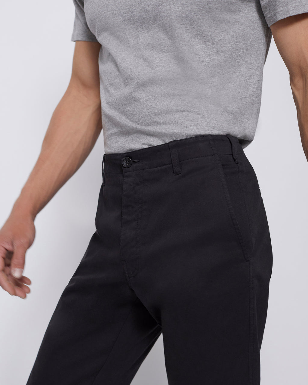 The Modern Slim Trouser in Black
