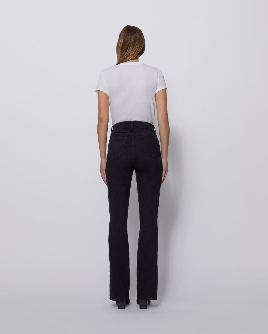 The Vented Skinny Jean in Carbon Black