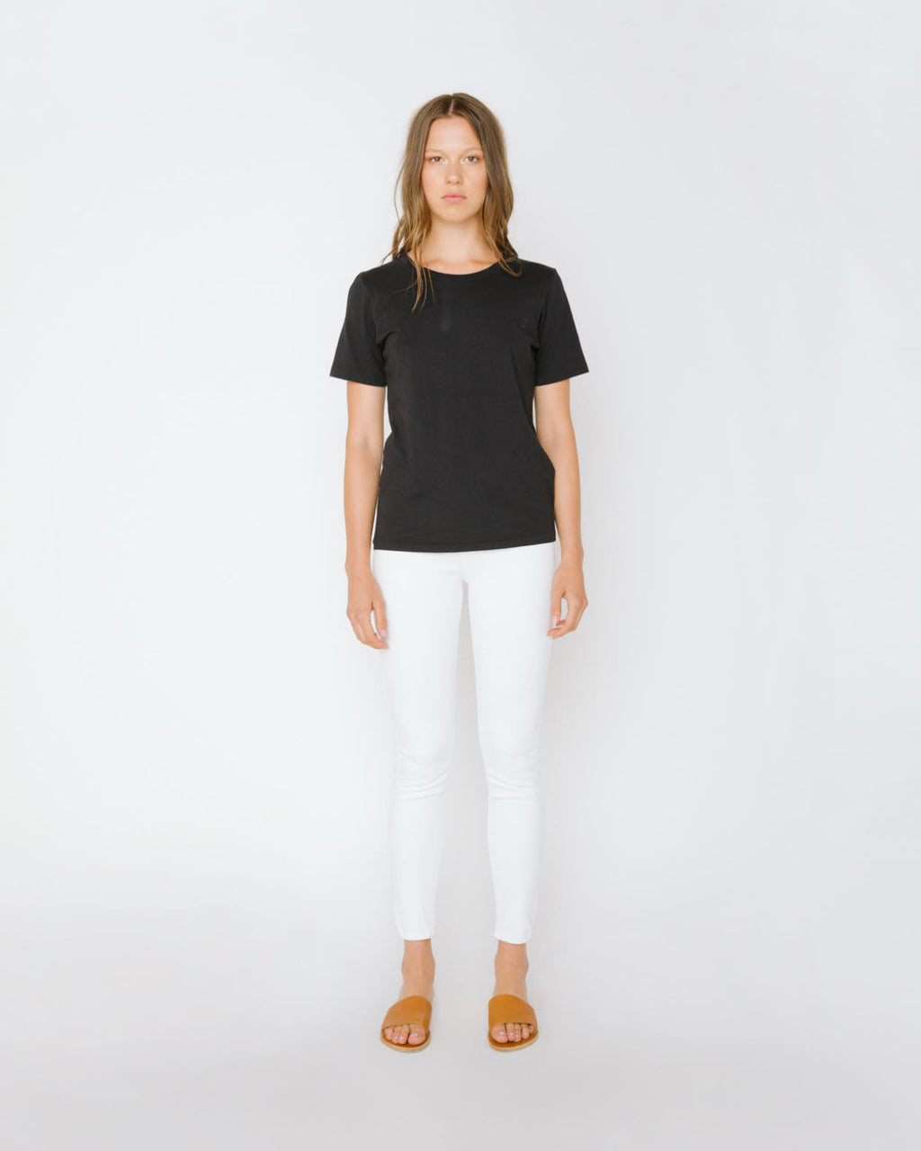 The Short Sleeve Crew Neck Tee in Black