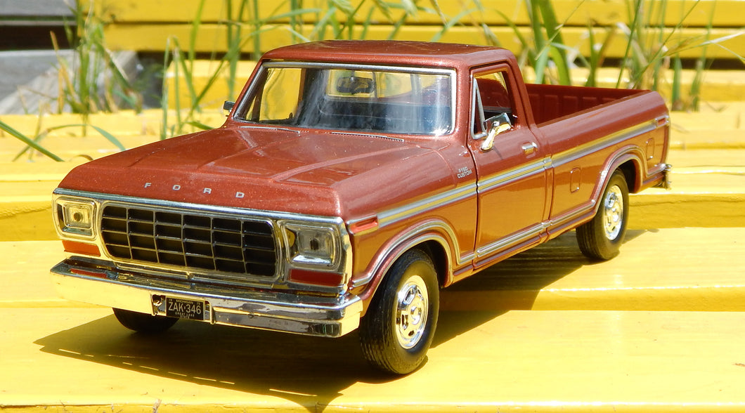 1979 Ford F-150 Truck Die cast 1/24