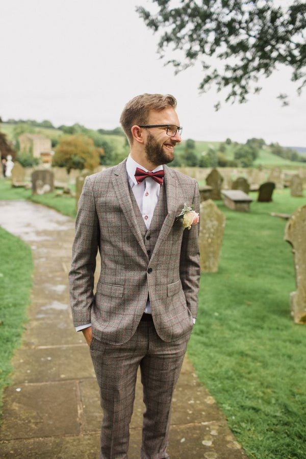Mens Wedding Suits Blog | Mens Tweed Wedding Suits | Mens Groom and Ushers | Mens Tweed Suits | Groom Style | Wedding