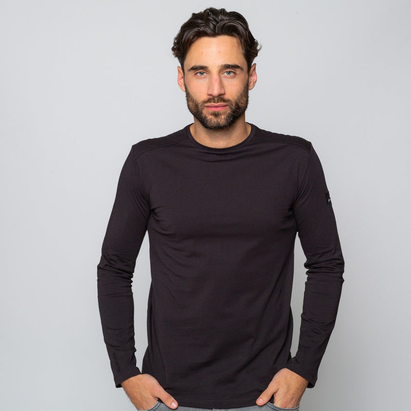 MENS BLACK LONGSLEEVE CREW NECK COTTON Goodwin Smith Tee | MTS